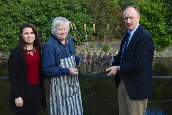 Rowing Sculpture Goes under the Hammer for Charity!